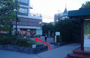 鎌倉駅から由比ヶ浜海岸